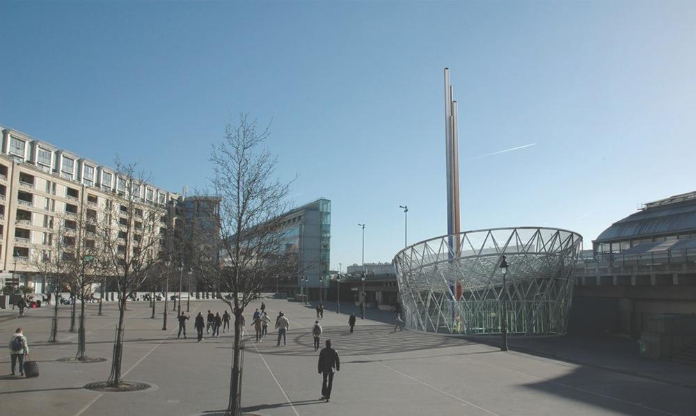 "Pedestrian Entrance – ""Gare de Lyon"" Parking Lot"